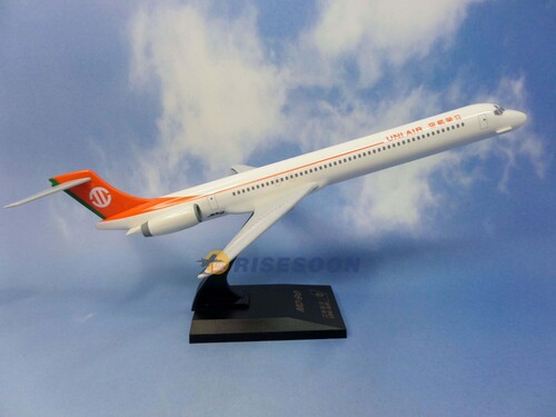UNI AIR / MD-90 / 1:100  |MCDONNELL|MD90